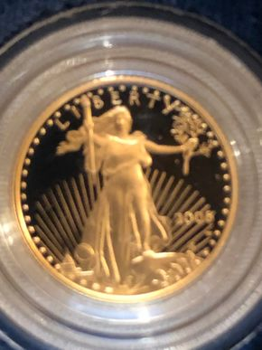 Lot 028 American Eagle One Tenth Ounce Proof Gold Bullion Coin 2006