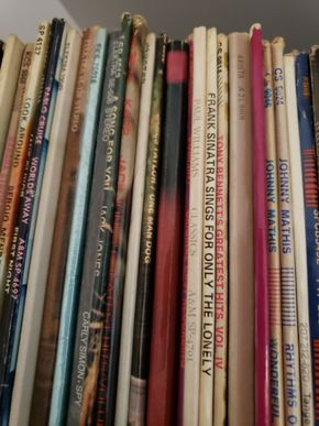 Lot 018 Vinyl Albums Vintage - 1970's PICK UP IN FOREST HILLS, NY