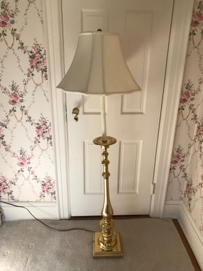 Lot 073 Decorative Brass Floor Lamp 56 Tall