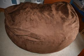 Lot 017 Bean Bag Chair PICK UP IN MALVERNE,NY