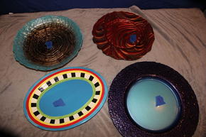 Lot 008 Lot of 4 Decorative Plates ITEMS CAN BE PICKED  UP IN WESTBURY