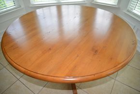 Lot 009 Rustic Country Reproduction Maple Table Farm House 31H x 53W PICK UP IN PECONIC/RIVERHEAD