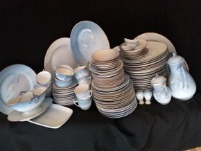 Lot 042 Large Lot Of Bing and Grondahl Seagull Pattern China Plates,Tea Cups, Saucers, Platters, Bowls, Gravy Boat, Pitcher, Some Damaged PICK UP IN WEST HEMPSTEAD