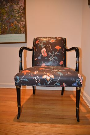 Lot 001 Upholstered Floral Arm Chair 34H x 23W x 21L PICK UP IN CATHEDRAL GARDENS HEMPSTEAD NY
