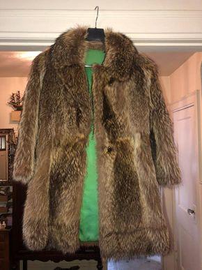 Lot 021 Ladies Raccoon Short Jacket Size M PICK UP IN FLORAL PARK