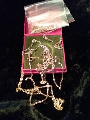Lot 025 Lot Of Gold Jewelry PICK UP IN HOWARD BEACH