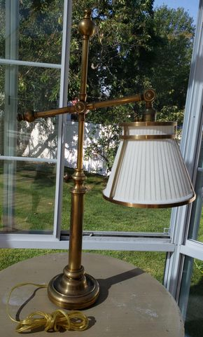 Lot 005 PP-PU/ Table Lamp 31H x 16.25W x 6 Base PICK UP IN WEST ISLIP, NY