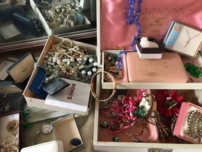 Lot 016 Lot Of Costume Jewelry PICK UP IN LYNBROOK