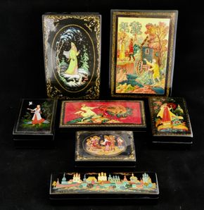 Lot 015 PP-PU/Lot of 7 Russian Lacquered Miniature Boxes (size varies ) PICK UP IN CARLE PLACE,NY