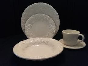 Lot 017 William Sonoma Service For 6 White China PICK UP IN BELLE HARBOR