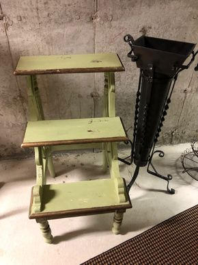 Lot 024 Pd/Courier to GC Lot of 2 Vintage Plant Stands  Green plant stand 32H x 17D  PICK UP IN PECONIC/RIVERHEAD
