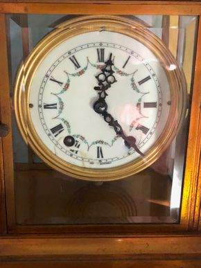Lot 010 TJ GC Antique Brass Mantel Clock with enamel dial  8.5H x 6W x 4.5D PICK UP IN RVC