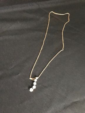 Lot 007 Gold Necklace -10 Karat Gold. PICK UP IN INWOOD.