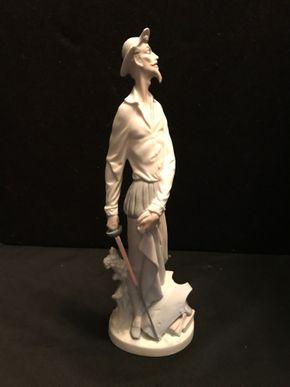 Lot 062 Lladro Don Quixote with sword figurine 4854 glazed