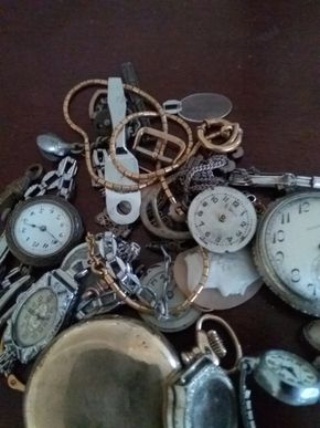 Lot 001 Lot Of Assorted (mostly ladies) Watches and Parts  for Repair PICK UP IN GARDEN CITY