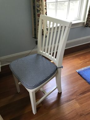 Lot 096 Pottery Barn Desk Chair PICK UP IN LAWRENCE