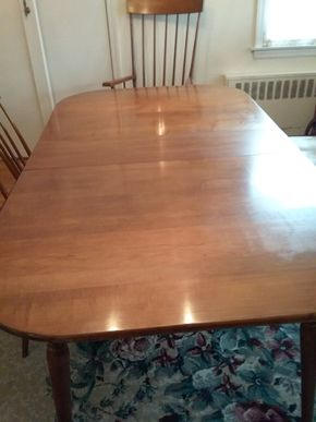 Lot 006 Dining Room Table With Two Leaves And Pads 29H x 40W x 70L PICK UP IN GARDEN CITY