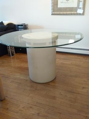 Lot 013 Glass Pedestal Table 29H x 49 In Diameter PICK UP IN BELLE HARBOR