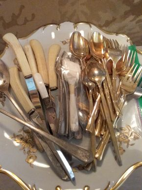 Lot 065 Lot of Assorted Knives and Gold Flatware and Cake Plate PICK UP IN MANHASSET