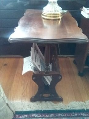 Lot 055 Antique End Table with Bottom Magazine Rack 24H x 24W x 15.5L PICK UP IN GARDEN CITY
