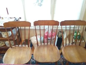 Lot 007 Lot Of 8 Spindle Armless Side Chairs 34H x 17.5W x 18L PICK UP IN GARDEN CITY