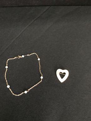 Lot 008 Lot Of 1 Bracelet And 1 Pin - 14 Karat Gold.  PICK UP IN INWOOD.
