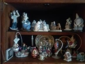 Lot 066 Lot Of Decorative Items PICK UP IN WEST HEMPSTEAD
