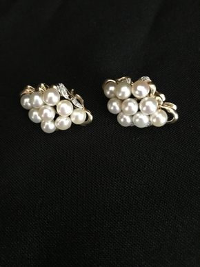 Lot 121 14K Gold and Pearl Earrings PICK UP IN GARDEN CITY