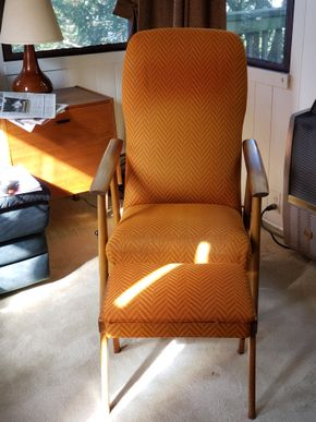 Lot 009 PU Mid-Century Upholstered Chair 40.5H x 27W x 23.75D /Storage Ottoman 14.5H x 18.75W x 13D PICK UP IN GREAT NECK, NY