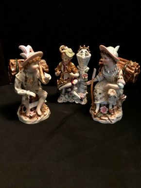 Lot 073 Lot of 3 Porcelain Figurines. PICK UP IN BELLMORE.