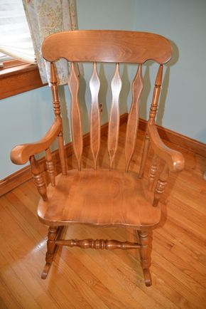 Lot 033 Wood Rocking Chair 43H x 23.5W x 19L PICK UP IN  MALVERNE, NY