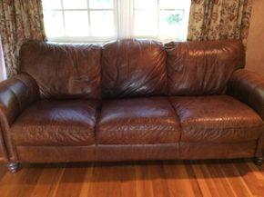 Lot 010 3 Seat Leather Couch AS IS 34H x 43W x 91 L PICK UP IN CENTERPORT