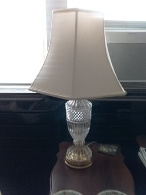 Lot 057 Crystal Table Lamp29 Inches Tall PICK UP IN GARDEN CITY