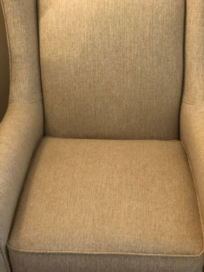 Lot 008 Off White Occasional Chair 34W X 43H X 35D PICK UP IN RVC