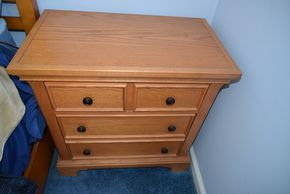 Lot 021 Oak Wood 3 Drawer End/Night Table 29H x 28.25W x 16L PICK UP IN SEAFORD, NY