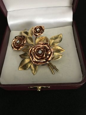 Lot 120 Unmarked Gold Floral Pin Approx 3 Inches Long PICK UP IN GARDEN CITY
