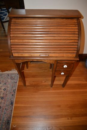 Lot 030 Pick Up/Paying  Wooden Child-Size Roll Top Desk 34H x 24W x 15L  PICK UP IN ROCKVILLE CENTRE, NY