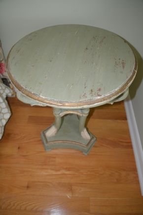 Lot 023 Green Gold and White Rustic Round Table w/ Carved Swan Head  Table 22W x 28H PICK UP IN PECONIC/RIVERHEAD