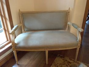 Lot 034 Upholstered and Wood Bench 35.5H X 24W x 48LPICK UP IN GARDEN CITY
