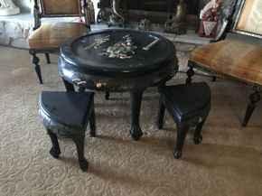 Lot 046 Asian Round Coffee Table 30in with 4 Stools 12x17 ITEMS TO BE PICKED UP IN OCEANSIDE