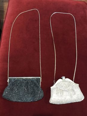 Lot 029 Lot of 2 Beaded Bags  ITEM CAN BE PICKED UP IN ROCKVILLE CENTRE