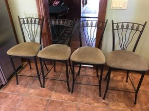 Lot 030 Lot of 4 Iron Kitchen Bar Stools  ITEM CAN BE PICKED UP IN ROCKVILLE CENTRE