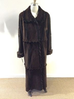Lot 008 Brown Sheared Mink w/Scallop Design Size 10 Length 52in Sleeve 30in Sweep 66in Style 2627