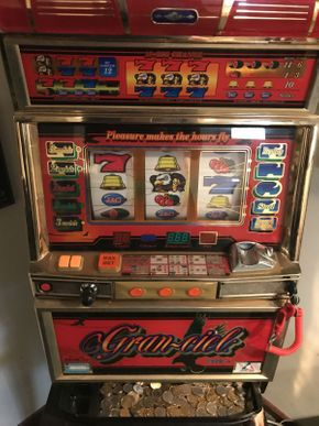 Lot 032 Aruze Slot Machine Granciel Type A ITEM CAN BE PICKED UP IN ROCKVILLE CENTRE