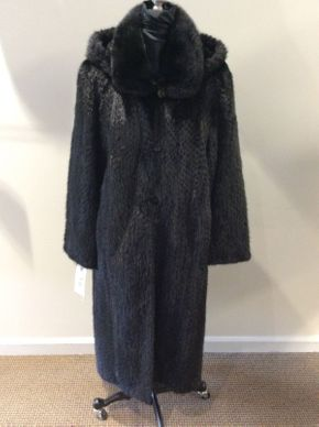 Lot 015 Black Long Hair Mink, Popcorn Design Reversible Detachable Hood Size 10 46 in Sweep 52 in Style 3033