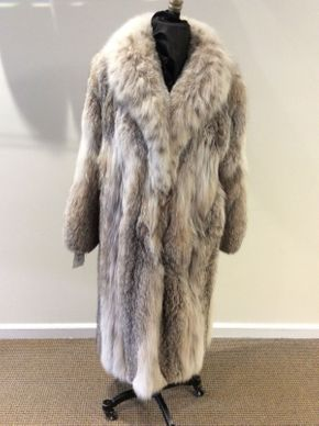 Lot 020 Donna Karan Lynx Coat Size -- Length 46in Sleeve 30in Sweep 52in Style DK208