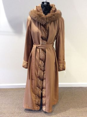 Lot 021 Whiskey Sheared Mink Paws Hooded Reversible Size 12 52in Sleeve 32in Sweep 68in Style 3179