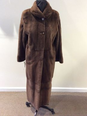 Lot 022 Natural Demi Sheared Mink Coat  Size 8 49in Sleeve28in Sweep 59in Style 2326