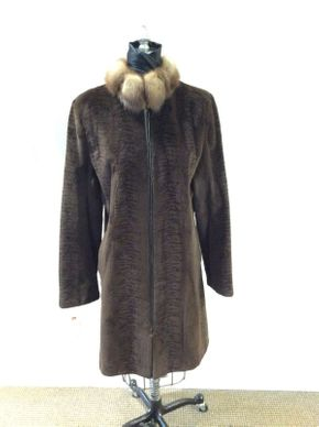 Lot 023 Zip Brown Sheared Mink w/Sable Collar Size 8 36in Sleeve 29in Sweep 52in Style 2618