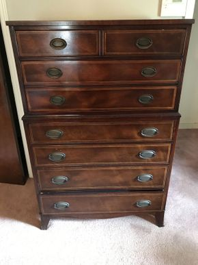 Lot 096 Stein 7 Drawer Dresser  ITEM CAN BE PICKED UP IN WEST HEMPSTEAD